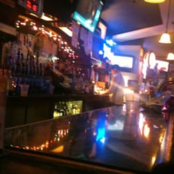 Cheviot Cafe - The bar. Plain and simple. Older crowd. - Cincinnati, OH, Vereinigte Staaten