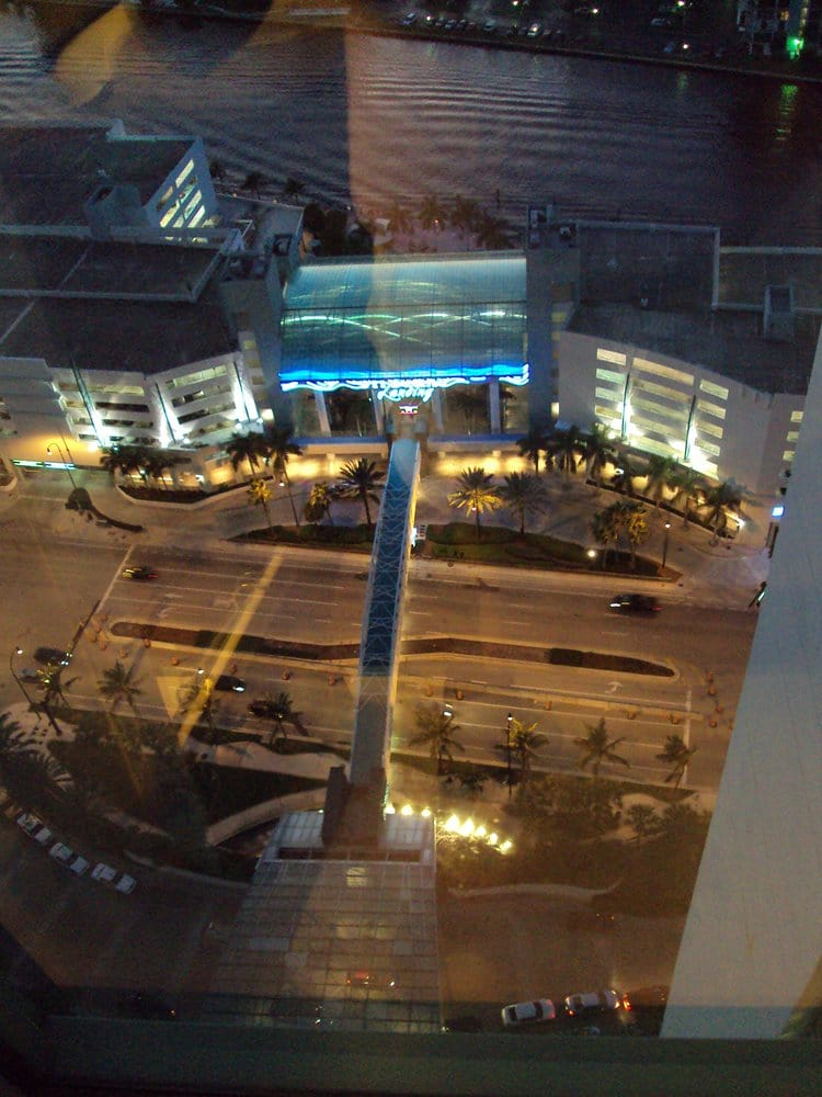 Restaurants Near The Diplomat Resort And Spa Hollywood Florida