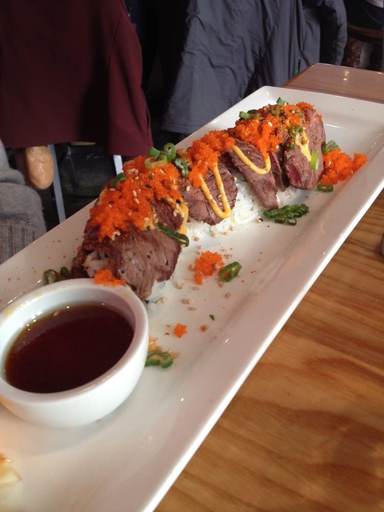 The cowfish sushi burger bar 810 photos sushi south for Food bar 810