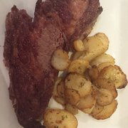 Le Saint-germain - Toulouse, France. Great beef and tasty potatoes
