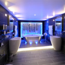 bathroom in the Coach House Suite