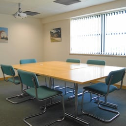 Large meeting room (chargeable by the hour, half day or day)