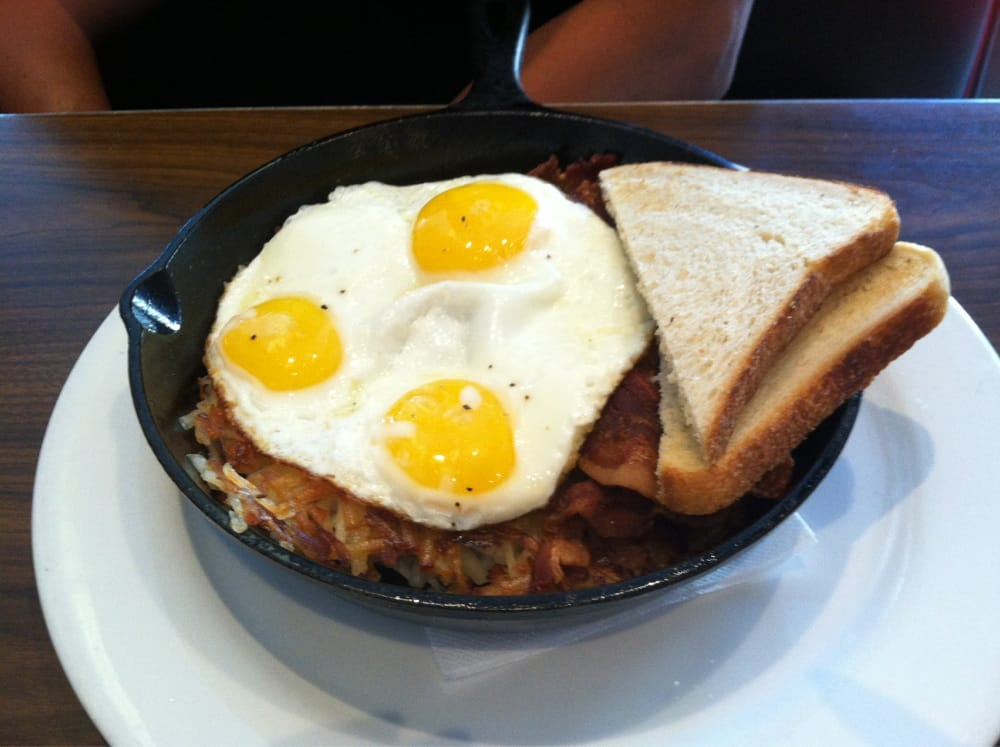 Skillet breakfast hashed brown on the bottom topped for Kitchen 24 hollywood