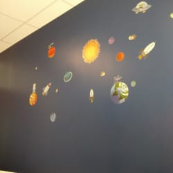 Annapolis Pediatrics - Space theme in the exam room - Crofton, MD, Vereinigte Staaten