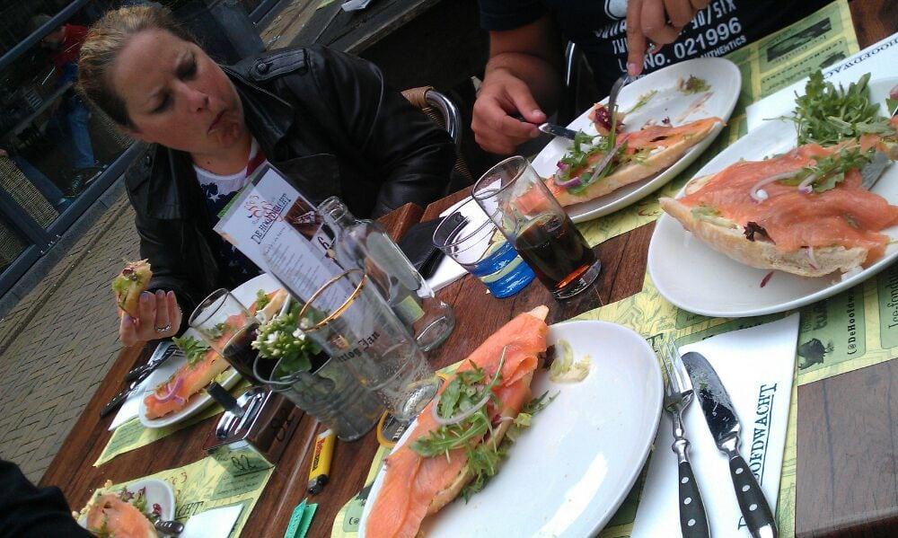 Broodjes zalm! | Yelp
