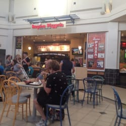 regina pizzeria mall seating hyannis ma united states