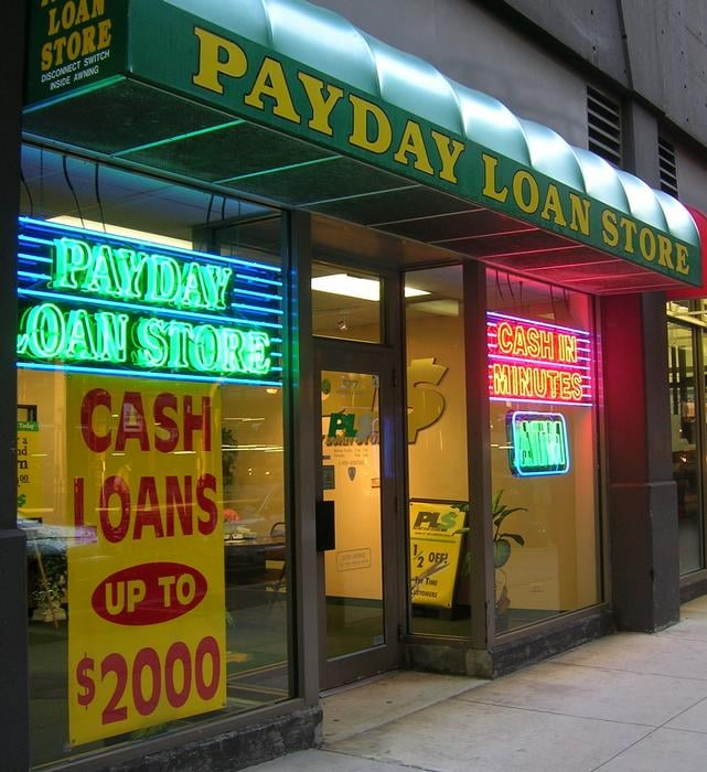 Chicago loan store shooting