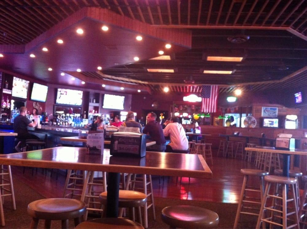 Gibby's Big Backyard Sports Bar & Grill - 13 Photos ...