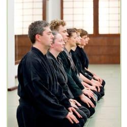 Jiu- Jitsu Angrüßen