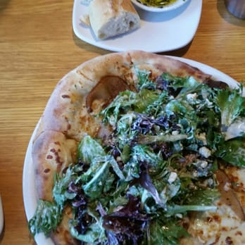 California Pizza Kitchen 88 Photos Pizza San Antonio Tx United States Reviews Menu