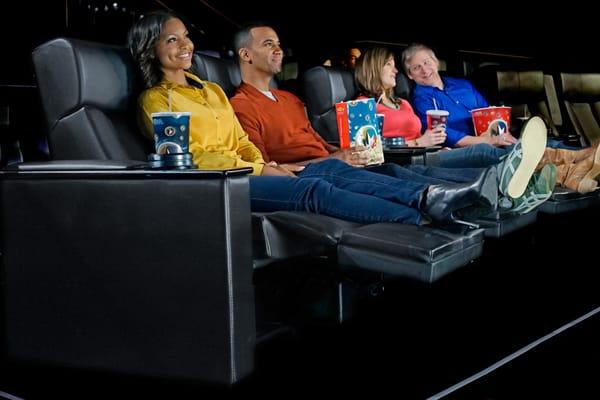 Regal Cinema Manor Cinema Lancaster Pa Yelp