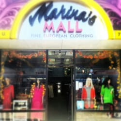 Crowd Swarms Ave U Clothing Store - Sheepshead Bay News Site
