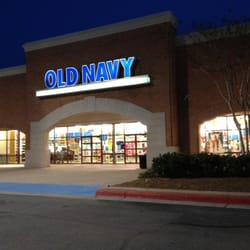 Women clothing stores   Old navy clothes store