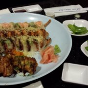 Love Sushi - Heart Attack, Dragon, Sweat Honey and Sexy Mango - Bakersfield, CA, Vereinigte Staaten