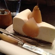 Pear and fluffy yogurt cream tart…