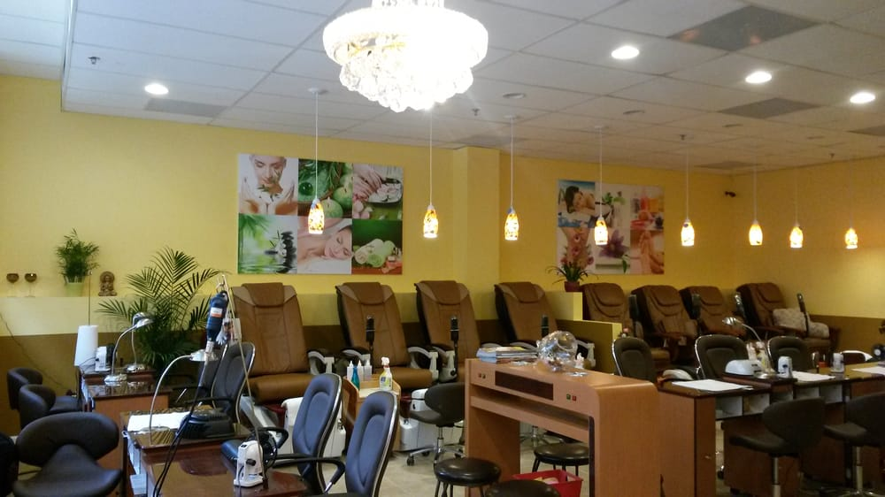 Hai gloss nail and beauty spa 131 photos day spas for 24 hour nail salon brooklyn ny