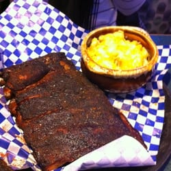 Rub BBQ and Pub - St Louis style ribs with Mac and cheese - Detroit, MI, Vereinigte Staaten