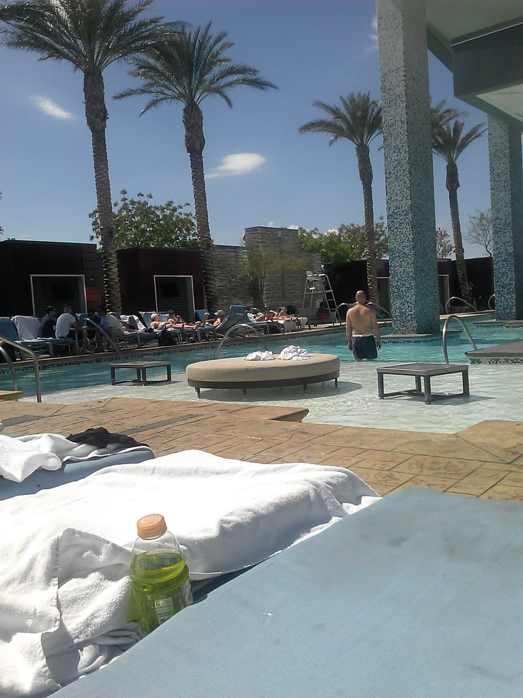 Palms Place Pool 13 Photos Swimming Pools Las Vegas Nv Reviews Menu Yelp