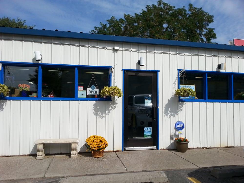 New location for Yuppy Puppy, 9511 N. Newport Hwy, 2nd building ...