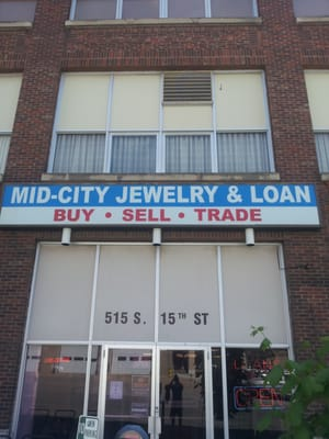 Mid-City Jewelery and Loan store photo