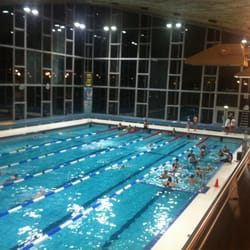 Piscine longchamp 10 photos club de sport uccle for Piscine uccle