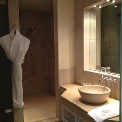 Bathroom rm 412