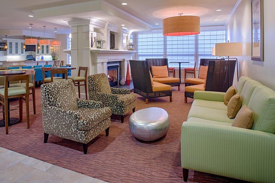 Hilton Garden Inn New Orleans French Quarter Cbd 50 Photos Hotels Central Business