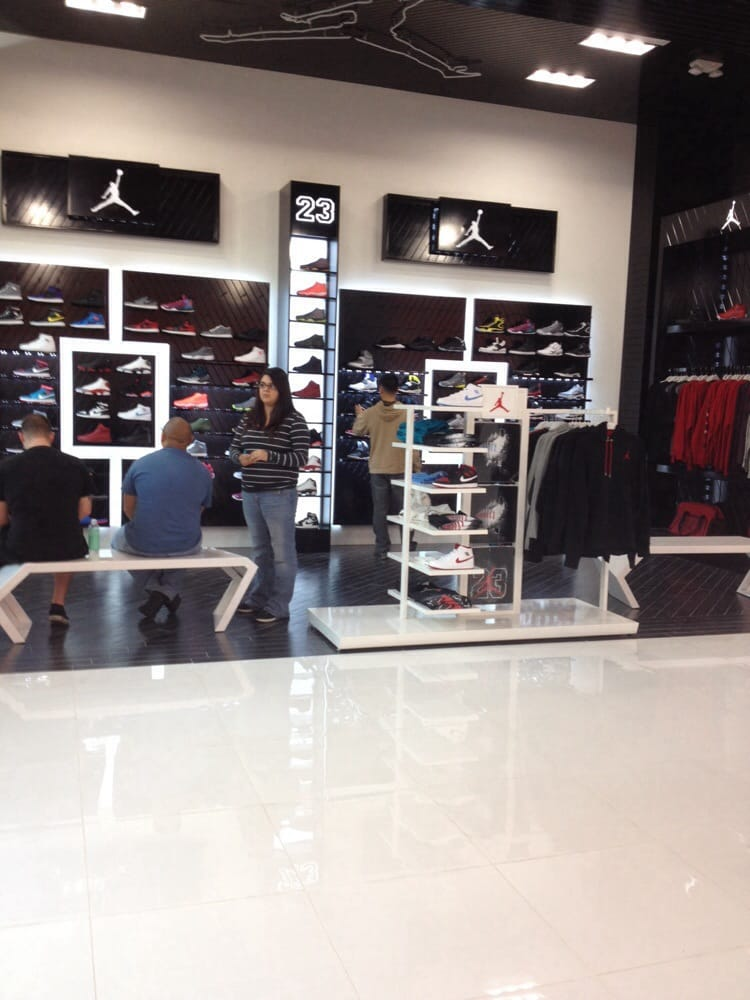 Shoe Stores Roseville Ca