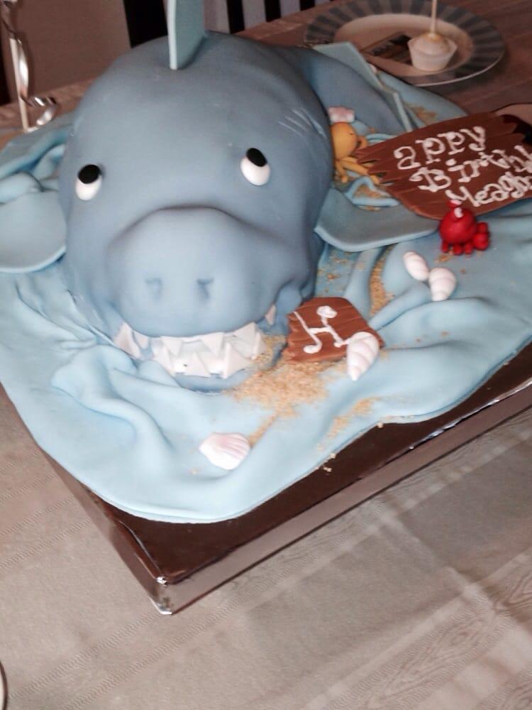 Cake And Art Yelp : Shark y cake for 11 yo bday! Very cute n yummy Yelp