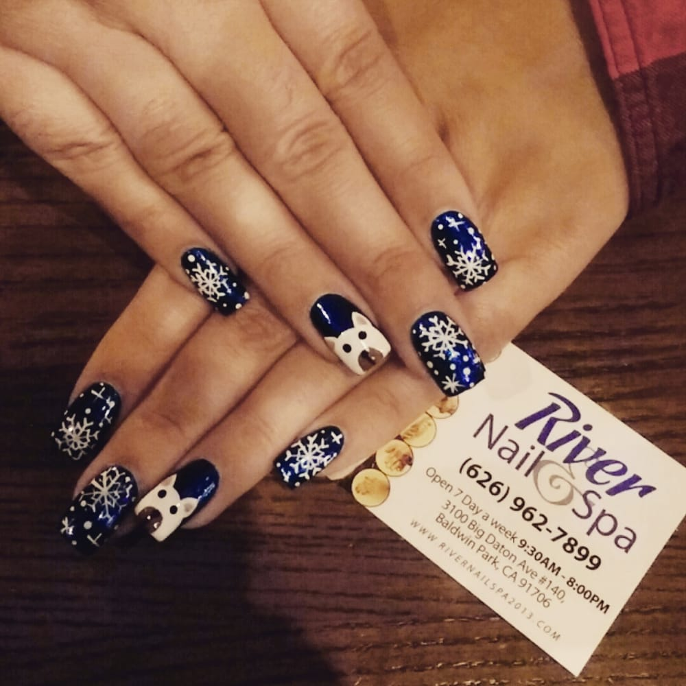 Nails near me open now