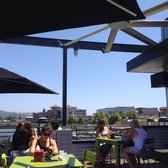 BurgerFi - Great second story patio with views of downtown Napa! - Napa, CA, Vereinigte Staaten