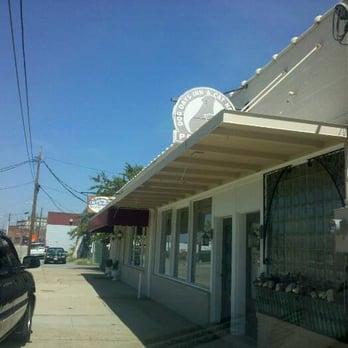 Dog Day Inn Fayetteville Nc