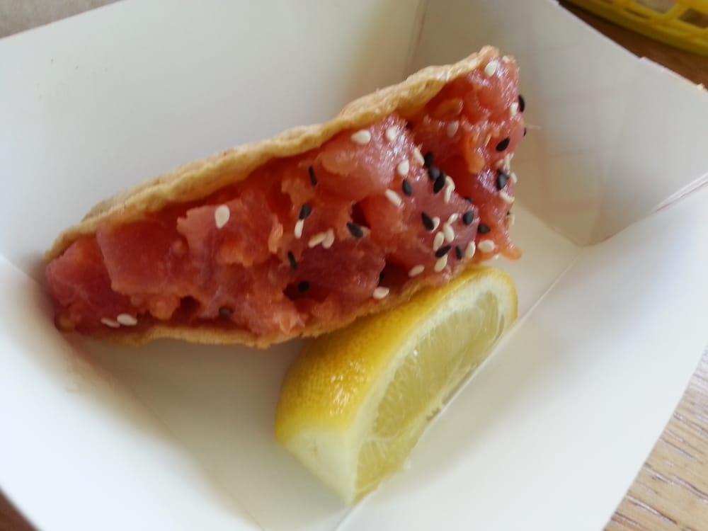 Raw ahi tuna poke taco sashimi grade ahi tuna for Where to buy sashimi grade fish near me