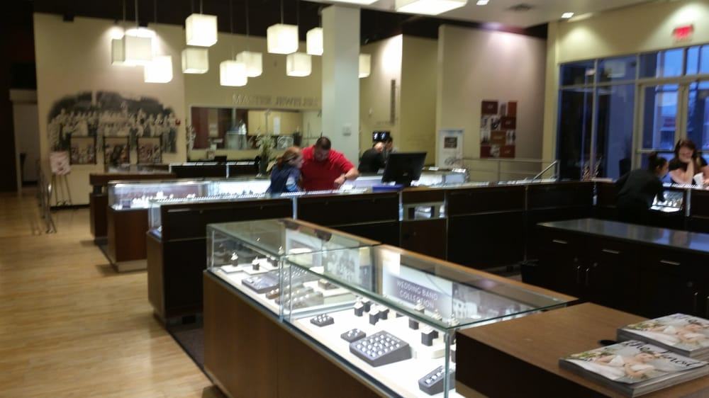 robbins brothers baybrook the engagement ring store 14