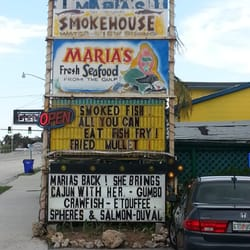 Maria s smokehouse seafood fort myers beach fl for Fish restaurant fort myers