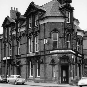 Yes, this photograph of the Star and Garter was taken in the 1970s, but in terms of its appearance, not much has changed!