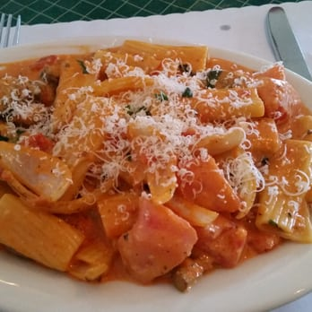 Mama d s italian kitchen newport beach ca united for Mammas italian kitchen