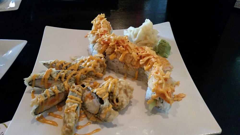 Aroma restaurant sushi kenwood cincinnati oh usa for Aroma japanese cuisine
