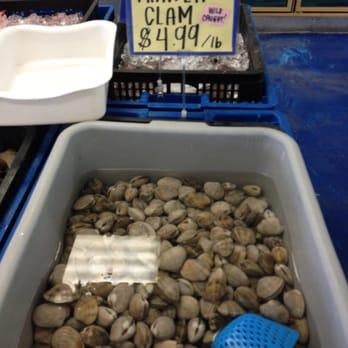 Lbc seafood market 145 photos seafood markets long for Long beach fish market