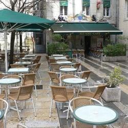 Terrasse et entrée de l'Iguane Café