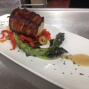 The Landings Restaurant - Rockland, ME, États-Unis. Bacon-wrapped monkfish special