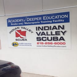 Indian Valley Scuba - Sign out front - Harleysville, PA, Vereinigte Staaten