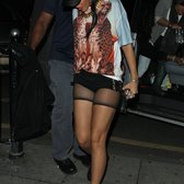 Rihanna spotted leaving the Mist :)