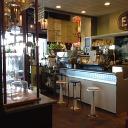 Eggshell Bistro - Beautiful cafe with slow drip iced coffee. Takes 14 hours to brew. Yes please! - Carmel, IN, Vereinigte Staaten