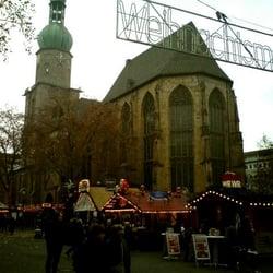 Beginn vor der Reinoldikirche.