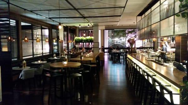 Lennon s restaurant and bar cbd brisbane queensland for Australian cuisine brisbane