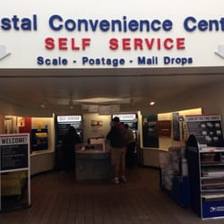 U.S Postal Service - Convenient self service when only the lobby is open. - Madison, WI, Vereinigte Staaten