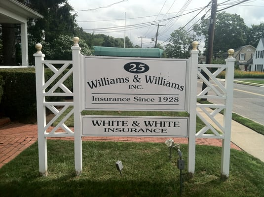 Smithtown (NY) United States  city photos gallery : ... Manor Rd Smithtown, NY, United States Photos Phone Number Yelp