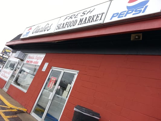 Charlie s fresh seafood carry out market inc for Charlie s fish market