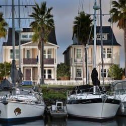 Warmington Residential - Grand Marina Village on the island of Alameda - Costa Mesa, CA, Vereinigte Staaten